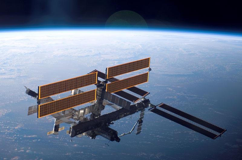 Вокруг земли за 60 секунд с МКС.