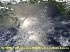 foto tomada por Estac .Escpaial derrame petroleo golfo mexic