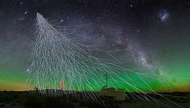 Los-rayos-cosmicos-de-muy-alta-energia-vienen-de-fuera-de-la-Via-Lactea_image_380